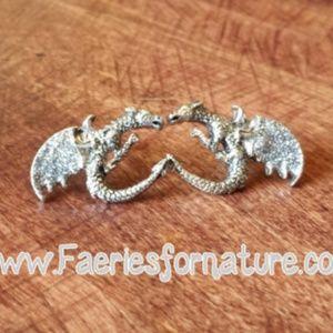 Jewelry - Glitter Dragon Stud/Dragon Earrings/Dragon